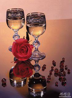 DIY Diamond painting full diamond mosaic embroidery Champagner And Rose diamond cross stitch square diamond decor Perfume And Cologne, Perfume Oils, Wine Glass Images, Evening Greetings, Diamond Decorations, Wine Art, Romantic Dinners, Cross Paintings, Beautiful Roses