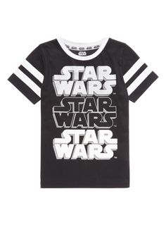 Make a Stars Wars fan very happy with this black short sleeve tee. Accented in Star Wars print and a 'May the Force be with you' slogan on the back, this will make for an excellent gift. Crafted in pure cotton it is designed with sport stripes on the sleeves, a crew neckline and silver detailing. Perfect for their off-duty ventures, pair with skinny jeans and black trainers. Black Disney Star Wars short sleeve tee Cotton rich Crew neckline Print Sports stripe Keep away from fire