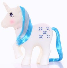 Majesty. Playset pony, came with Dream Castle. Year 2. 1983-84.