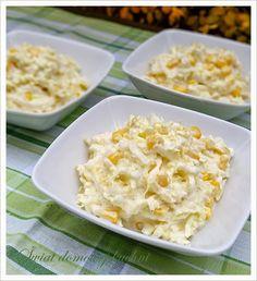 1 mała kapusta pekińska  1/2 puszki kukurydzy  2 łyżki majonezu  2 łyżki jogurtu naturalnego  1 łyżeczka cukru  1 łyżeczka soku z cytr... Potato Salad, Macaroni And Cheese, Muffins, Potatoes, Ethnic Recipes, Food, Mac And Cheese, Muffin, Potato