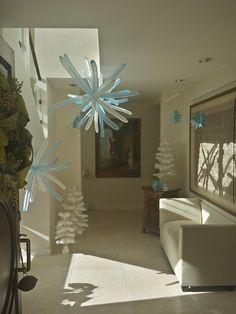 www.partyfiestadecor.com Frozen Balloon Decorations, Frozen Balloons, Home Decor, Decoration Home, Room Decor, Home Interior Design, Home Decoration, Interior Design