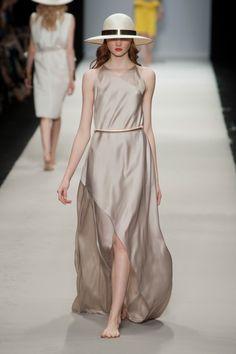 Rabih Kayrouz... Bare-feet Models