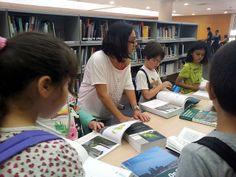 Visita a la Biblioteca Hypatia   Flickr: Intercambio de fotos
