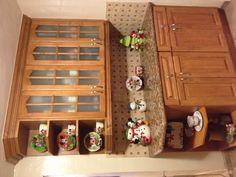 Xmas Disney kitchen Mickey Mouse Kitchen, Disney Kitchen, Kitchen Designs, Kitchen Ideas, Christmas Ideas, Xmas, Disney Ideas, Liquor Cabinet, Sweet Home