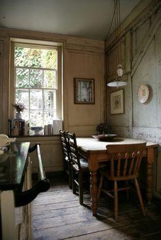 luthienthye:  Visit lavishlocations.com (via eating nook | Restful Sanctuaries | Pinterest)