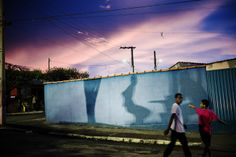 Capturing Space, Color, and Light in Sao Paulo: Street Photography by Gustavo Minas