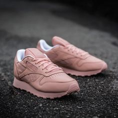Reebok WMNS Classic Leather Spirit Face Stockholm Sneakers