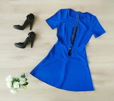 Vestido Lindo Azul + Colar Preto  Patris Boutique, prazer em vestir você!
