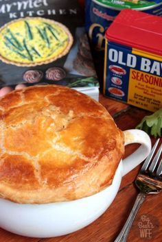 Jumbo Lump Crab Pot Pie from The Gourmet Kitchen Cookbook by Jennifer Farley may be one of the best pot pies that's ever come out of my kitchen. Seafood Pot Pie, Seafood Dishes, Fish And Seafood, Seafood Gumbo, Crab Recipes, Pie Recipes, Cooking Recipes, Crab Pie Recipe, Lump Crab Meat Recipes