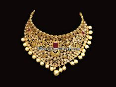 22 carat gold pachi work choker with leafy design motifs decorated grand choker, Studded with Moissanite stones and square shaped ruby in the center. Silver Jewellery Indian, Indian Wedding Jewelry, Silver Jewelry, Silver Ring, Silver Earrings, Gold Jewellery, Diamond Jewelry, Dry Creek, India Jewelry