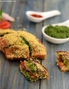 Masala toast, the humble potato comes to the rescue once again, to calm your hunger pangs! the unique stove and toaster used to make these toasts is a typical trademark of street-side food. Mind not the prodigal portions Veg Recipes, Indian Food Recipes, Vegetarian Recipes, Cooking Recipes, Indian Sandwich Recipes, Snacks Recipes, Cooking Time, Ethnic Recipes, Breakfast Sandwich Maker