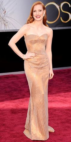 Favorite look of the night. Red lips. Side part. Contrast. Classic. Jessica Chastain. #oscars