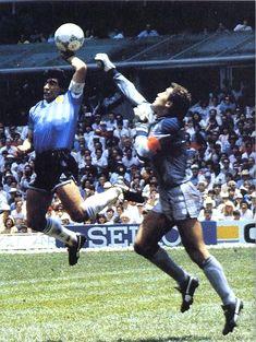Maradona_Hand_of_God