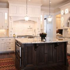 Lake Norman The Point  #kitchen #cabinets #WalkerWoodworking #LakeNorman