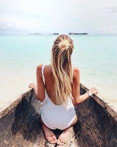 Bathingsuit | White | Brown skin | More on Fashionchick.nl