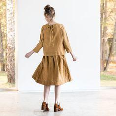Linen skirt with deep pockets / A line washed linen skirt /