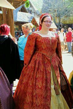Renaissance fair dress. Tudor grab. Scarborough fare.
