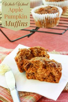 Whole Wheat Apple Pumpkin Muffins are filled with autumn flavors and wholesome goodness for a nutritious breakfast or healthy snack | cupcakesandkalechips.com