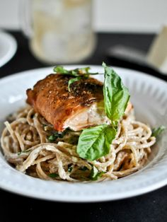 30 Minute Crispy Salmon with Creamy Basil Noodles | howsweeteats.com