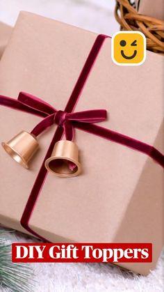 Christmas Gift Wrapping, Diy Christmas Gifts, Holiday Crafts, Christmas Decorations, Christmas Bells, Xmas, Diy Crafts To Do, Diy Crafts Hacks, Diy Arts And Crafts