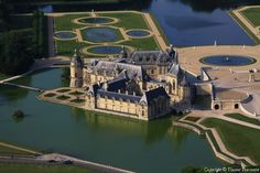 ✈️ Photo aérienne de : Château de Chantilly - Oise (60)