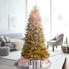 Pre-Lit Vintage Gold Ombre Spruce Christmas Tree - Make it a golden holiday with the unique Vintage Gold Ombre Spruce. The gold-frosted treetop creates a warm and magical glow when you plug in th. Ombre Christmas Tree, Spruce Christmas Tree, Gold Christmas Ornaments, Gold Christmas Decorations, Christmas Table Settings, Green Christmas, Christmas Ideas, Spruce Tree, Christmas Stuff