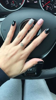 50 Stylish Fall Nail Designs That You Must Know And Try - Page 32 of 50 - Chic Hostess - Stylish Nails - Classy Nail Designs, Fall Nail Designs, Sns Nail Designs, Art Designs, Black Nail Designs, Short Nail Designs, Classy Nails, Stylish Nails, Trendy Nails