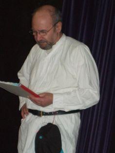 Lloyd reading Hamlet January 2010