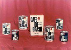 I nuovi sistemi di confezionamento, tra la fine degli anni Sessanta e l'inizio dei Settanta, consentono una migliore conservazione del caffè e una sua più ampia diffusione.