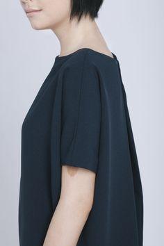 Black Blue Triangle Midi Dolman Open Back Dress