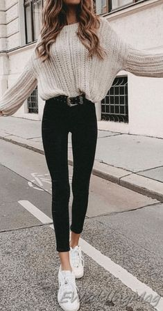 32 Charming Fall Street Style Outfits Inspiration to Make You Look Cool this Sea. - 32 Charming Fall Street Style Outfits Inspiration to Make You Look Cool this Season Source by tobieboleyad - Cute Fall Outfits, Winter Fashion Outfits, Look Fashion, Stylish Outfits, Fashion Spring, Warm Winter Outfits, Winter Clothes, Womens Fashion, Fashion Trends