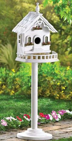 Lovely little luxury villa for #feathered #flyers overflows with Old-World charm! Sturdy freestanding pole and base included, #birdhouse. At zealsone.com