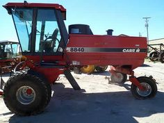 Case IH 8840 hay equipment salvaged for used parts. This unit is available at All States Ag Parts in Bridgeport, NE. Call 877-530-5010 parts. Unit ID#: EQ-24257. The photo depicts the equipment in the condition it arrived at our salvage yard. Parts shown may or may not still be available. http://www.TractorPartsASAP.com