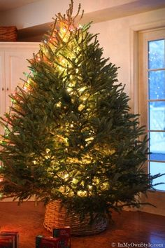 Lighting-a-Christmas-Tree--tricks. Fast and easy method to light a Christmas via In My Own Style.