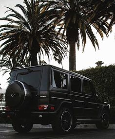 Matte black G-Wagon among the palmtrees Check out @loeflife for more by…