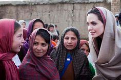 Angelina Jolie em missão da ACNUR no Afeganistão