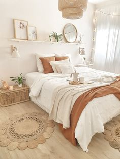 Room Ideas Bedroom, Home Decor Bedroom, White Bedroom Decor, Dorm Room Themes, Zen Bathroom Decor, Sage Green Bedroom, Parisian Bedroom, Teen Bedroom Designs, Pretty Bedroom