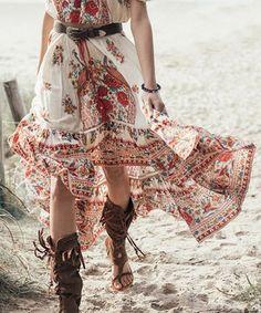 Bohemian High-Waisted Floral Print Asymmetrical Skirt ==