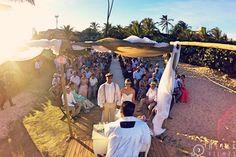 Um dia maravilhoso e inesquecível!  Casamento Juliana & Alexandre  #jueale  Filmagem: @helixfilmes Fotografia: @ivanferreiraphotos Cabelo e maquiagem: @joyvbarbosa Buffet: @sonharcerimonial Espaço: @tropicalia_eventos_ Som e iluminação: @djfabaoproducoes Cerimonialista: @angelcerimonialista