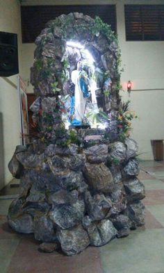 Gruta produzida com material reciclado, para o Santuario Eucaristico de Sousa-PB