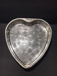Vintage EKCO OVENEX Heart Shaped Starburst Cake Pans (2)  | eBay