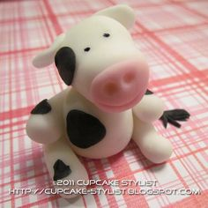 Edible Fondant COW Cake and Cupcake Toppers by Cupcake Stylist via Etsy