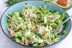 Avocado Tuna salad - Nadia's Healthy World aufstrich . Healty Lunches, Healthy Diners, Avocado Tuna Salad, Avocado Dessert, Lunch Restaurants, Caesar Pasta Salads, Clean Eating, Salad Recipes, Healthy Recipes