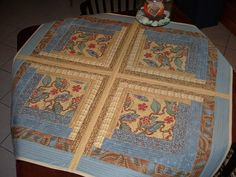 Reversible table top quilt -- quilt as you go