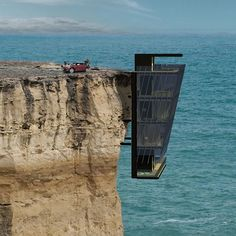Living On The Edge: Australians Design House That Hangs Off Cliff Cliff House. I would never go home I would feel like I would fall off the cliff The post Living On The Edge: Australians Design House That Hangs Off Cliff appeared first on Design Diy.