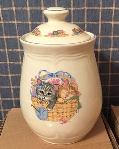 "TIENSHAN Ceramic Canister PURRFECT FRIENDS 2 Cats in a Basket 7-1/2"" #Tienshan #cats #angelamartin"