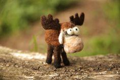 Needle Felting Moose Kit, woolbuddy