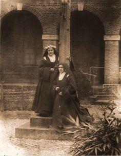 Thérèse with her sister Céline, Soeur Geneviève de la Sainte-Face, on the day of her Profession, March 17th, 1896
