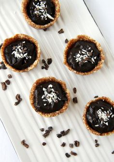 Nommy nommy mini chocolate tarts. Raw, vegan and delicious.