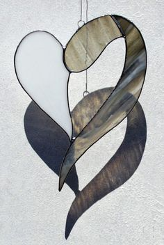 Fensterschmuck - Tiffany Fensterbild Herz - ein Designerstück von Die-Glasscherbe-Melanie-Bujacz bei DaWanda